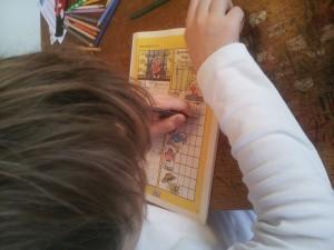 Martin laver krydsord - god skriftlig træning