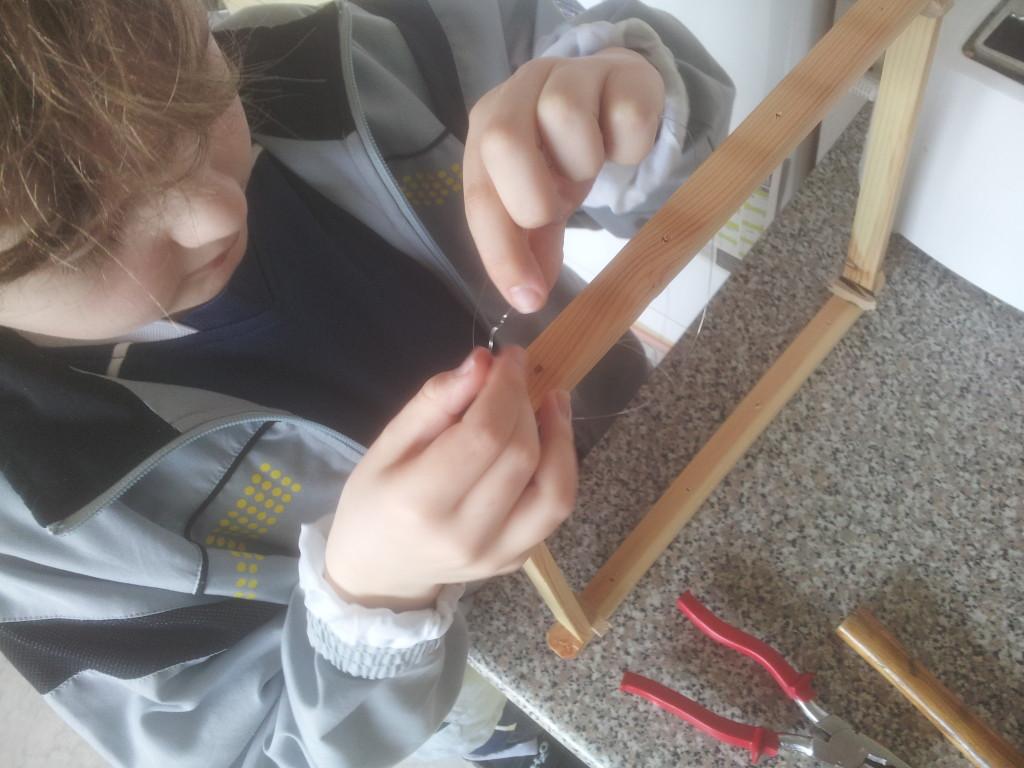 26. Martin sætter tråd i bitavler