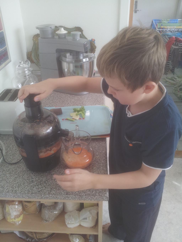 Martin presser grøntsags og frugtjuice